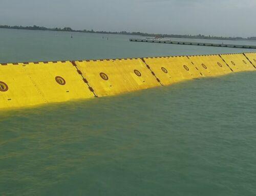 Le travagliate vicende del MOSE sono finalmente giunte a un primo risultato utile a Venezia.